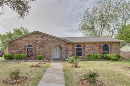Residential Property for sale in 716 N Deerfield Circle, Arlington, TX, 76015