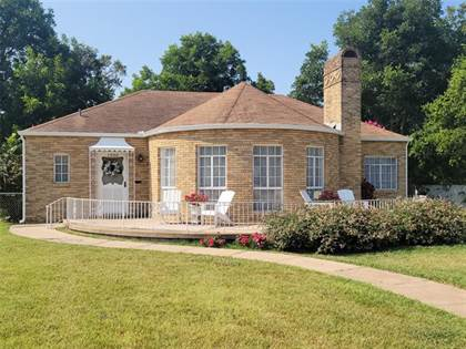 Residential Property for sale in 1320 Fourth Street, Graham, TX, 76450
