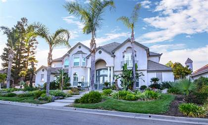 Residential for sale in 210 W Bluff Avenue, Fresno, CA, 93711