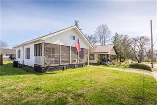 Single Family for sale in 401 S Main Avenue, Maiden, NC, 28650