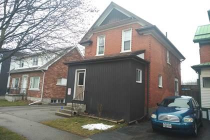 Apartment for rent in 40 Laurel St Waterloo-8 Student House, Waterloo, Ontario