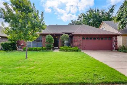 Residential Property for sale in 5515 Misty Crest Drive, Arlington, TX, 76017