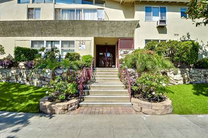 Apartment for rent in 321 South Doheny Drive, Beverly Hills, CA, 90211