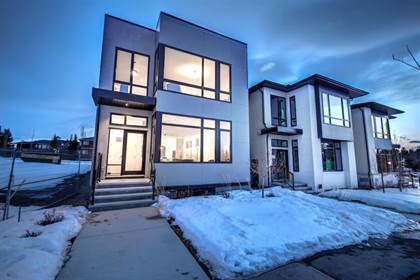 Single Family for sale in 102 Valour Circle SW, Calgary, Alberta, T3E7B6
