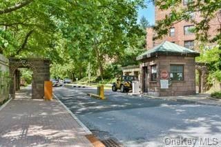 Propiedad residencial en venta en 161 Pearsal Drive 6F, Mount Vernon, NY, 10552