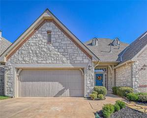 Townhouse for sale in 207 Boulevard Du Lac, Norman, OK, 73071