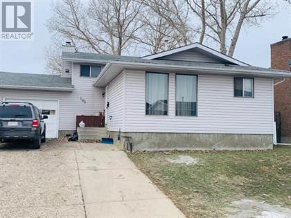 Single Family for sale in 190 Calder Road SE, Medicine Hat, Alberta, T1B3L3