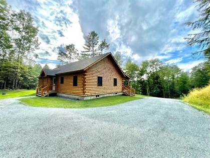 Residential Property for sale in 33 Riverbend Road, Newmarket Town, NH, 03857