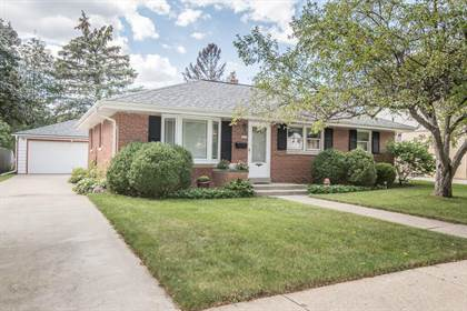 Residential Property for sale in 3327 N 98th St, Milwaukee, WI, 53222