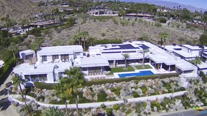 Residential for sale in 700 W Stevens Rd, Palm Springs, CA, 92262