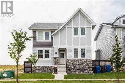Single Family for sale in 556 Aquitania Boulevard W, Lethbridge, Alberta, T1J5G5