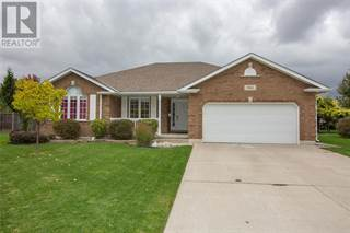 Single Family for sale in 561 HUNTER COURT, Petrolia, Ontario