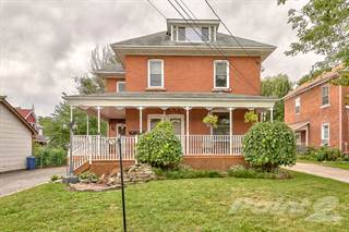 Residential Property for sale in 34 HARVEY STREET PERTH ON K7H 1W7, Perth, Ontario