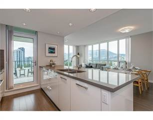 Condo for sale in 3093 WINDSOR GATE, Coquitlam, British Columbia
