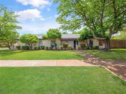 Residential for sale in 2300 Sunset Lane, Arlington, TX, 76015