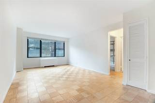 Condo for sale in 120 East 90th Street 2B, Manhattan, NY, 10128