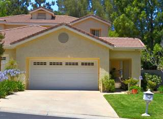 Townhouse for sale in 5621 Roundtree Place, Westlake Village, CA, 91362