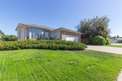 Residential Property for sale in 123 Palliser Way NE, Medicine Hat, Alberta, T1C 1R6