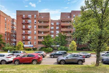 Residential Property for sale in 2727 Ocean Parkway F24, Brooklyn, NY, 11235
