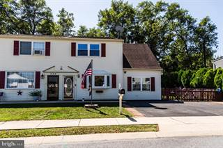 Townhouse for sale in 258 S CENTER STREET, Cleona, PA, 17042