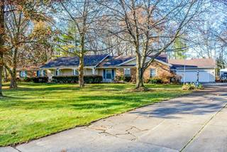 Single Family for sale in 10424 Paw Paw Drive, Fort Wayne, IN, 46804
