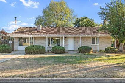 Residential Property for sale in 2115 6Th Street, Sanger, CA, 93657