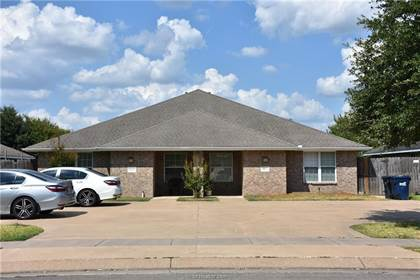 Multifamily for sale in 3813-15 Oldenburg Lane, College Station, TX, 77845