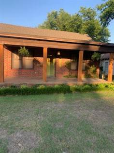 Residential Property for sale in 1923 N Braodway Ave., Shawnee Ok, OK, 74804