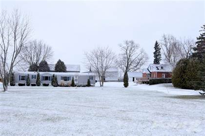 Farm And Agriculture for sale in 1192 4TH CONC Road W, Flamborough, Ontario, L8B 1K3