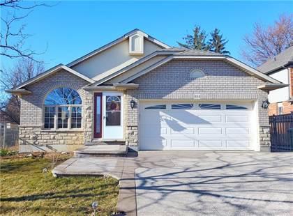 Residential Property for sale in 104 HEPBURN Crescent, Hamilton, Ontario, L9C 7S5