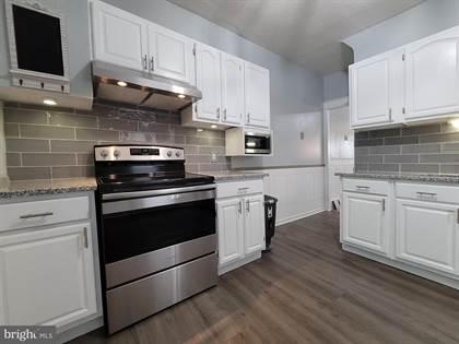 Residential for sale in 323 W SPRING STREET, Frackville, PA, 17931