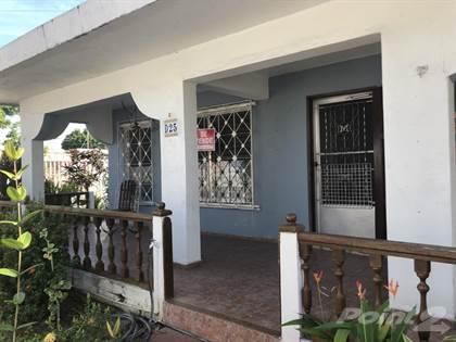 Residential Property for sale in D-25 Jose S Quiñones Avenue Villa Carolina, Carolina, PR, 00985