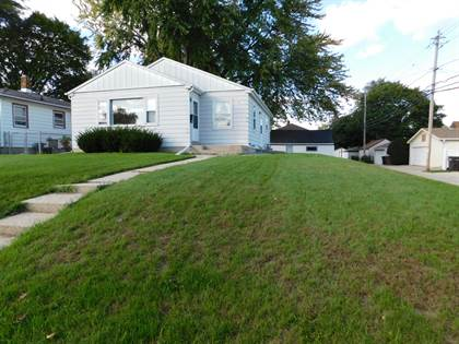 Residential Property for sale in 1710 Maple St, South Milwaukee, WI, 53172
