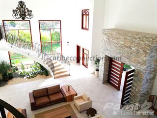 Residential Property for sale in Elegant and private corner 5-BDR villa with amazing golf course view, Bavaro, La Altagracia