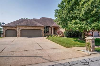 Residential Property for sale in 810 West Jackson Avenue, Nixa, MO, 65714