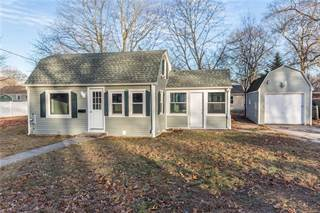 Residential Property for sale in 70 Hutchinson Street, Warwick, RI, 02886