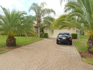 Charming 446 NW Sheffield Circle, Port St. Lucie, FL