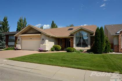 Residential Property for sale in 118 Mallin CRESCENT, Saskatoon, Saskatchewan, S7K 7W7