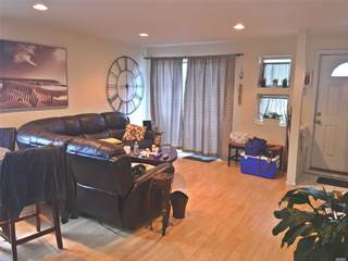 Townhouse for rent in 228 E Broadway 3U, Manhattan, NY, 10002