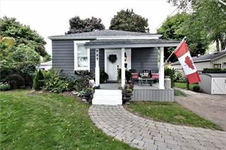 Residential Property for sale in 727 Lowell Ave, Newmarket, Ontario
