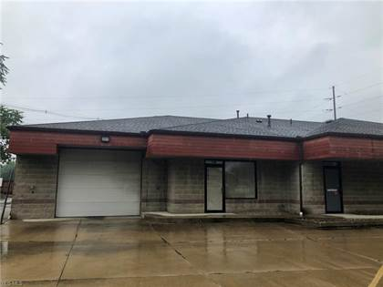 Commercial for rent in 516 North Main St, Grafton, OH, 44044