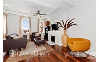 Townhouse for rent in 10-49 49th Ave 4, Queens, NY, 11101