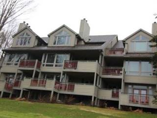 Condo for sale in 921 Grandview Dr 9, Huntsville, Ontario
