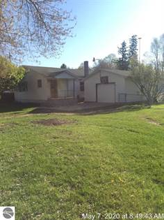 Residential for sale in 956 Mill Street, Sumner, MI, 48889