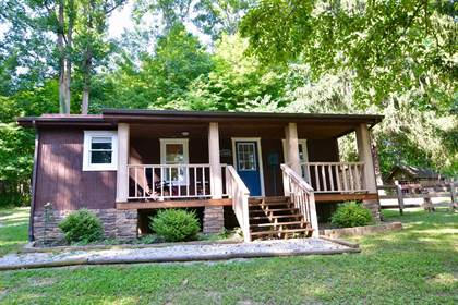 Residential for sale in 13444 Hwy 2004, McKee, KY, 40447