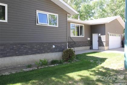 Residential Property for sale in 1820 Coteau AVENUE, Weyburn, Saskatchewan, S4H 2X4