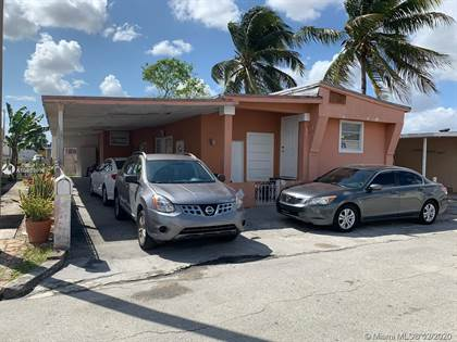 Residential Property for sale in 11130 Nw NW 3rd ter, Miami, FL, 33172