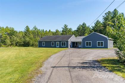 Residential Property for sale in 18 Vallieres Lane, Durham, ME, 04222