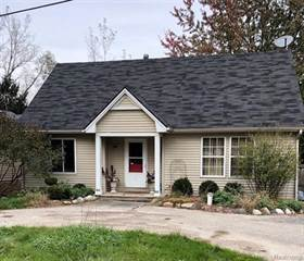 Single Family for sale in 5116 COHOCTAH PL, Waterford, MI, 48327
