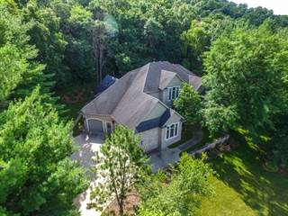 Single Family for sale in 2550 Eastwood, Decorah, IA, 52101